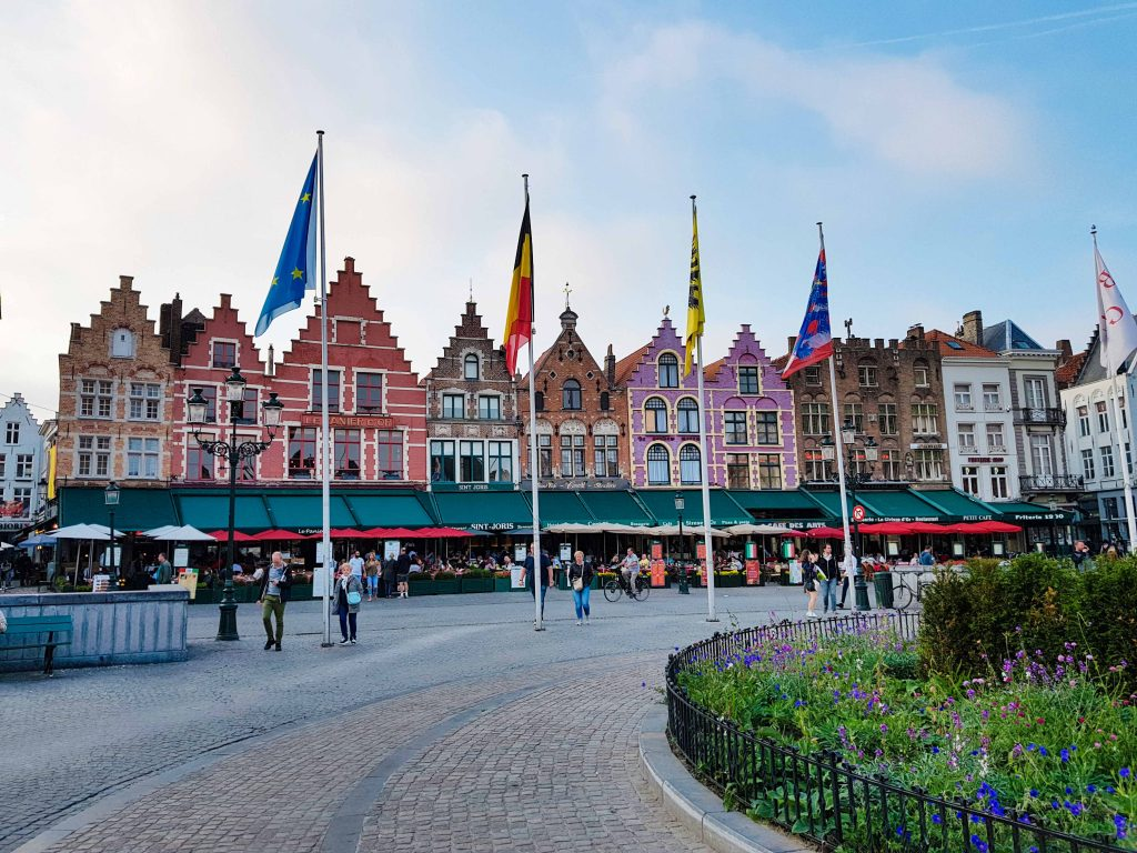 cosa vedere Bruges piazza mercato