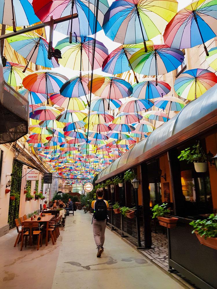 Passaggio degli ombrelli - Pasajul Victoria posti instagrammabili bucarest